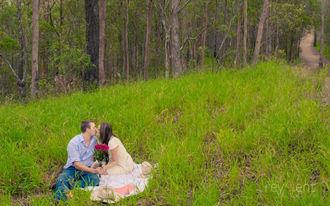 brisbane-engagement-portrait-photography-by-john-reyment