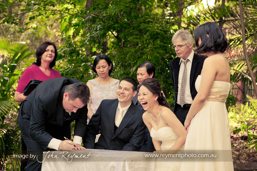 Brisbane wedding photographer, Reyment Photographics, Bundaleer Rainforest Gardens