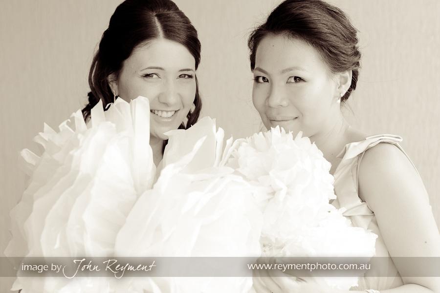 Bride preparations, Kangaroo Point, Brisbane wedding photographer, Reyment Photographics