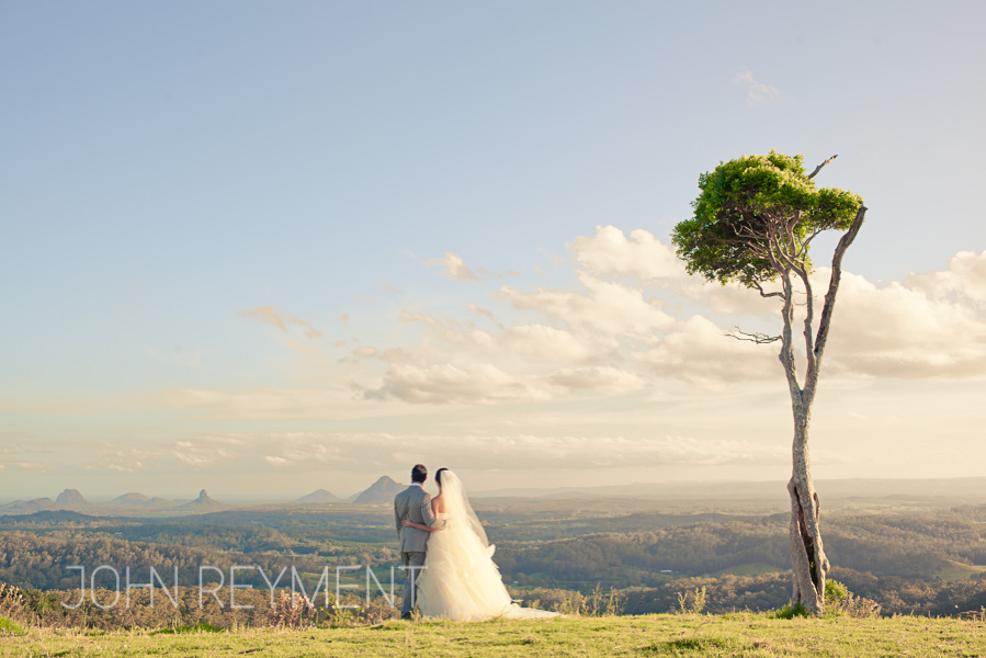 One Tree Hill Maleny by sunshine coast wedding photographer John Reyment