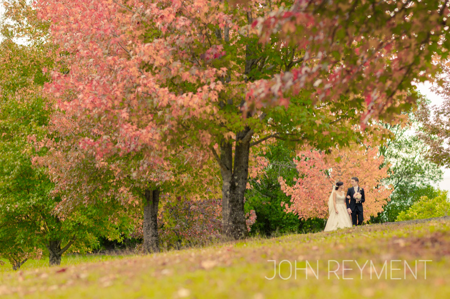 autumn wedding Spicers Clovelly Estate by Coorparoo wedding photographer John Reyment